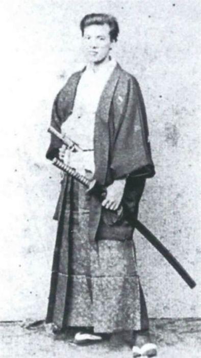 Потомственные японские самураи на фотографиях XIX века
