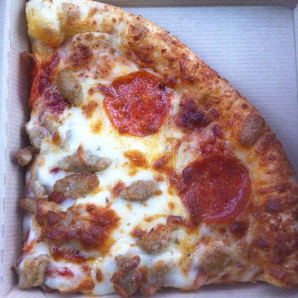 Пицца с охотничьими колбасками: рецепт приготовления с фото, виды начинки, советы и рекомендации