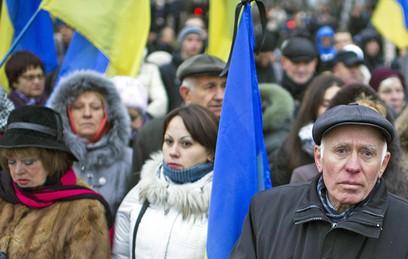 """В центре Киева вывесили плакат """"Мишу - в Грузию, Петю - в Гагаузию"""""""