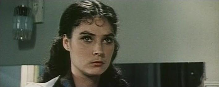 Почему Елена Зеленова пропала с экранов сразу после звёздной роли Звезды