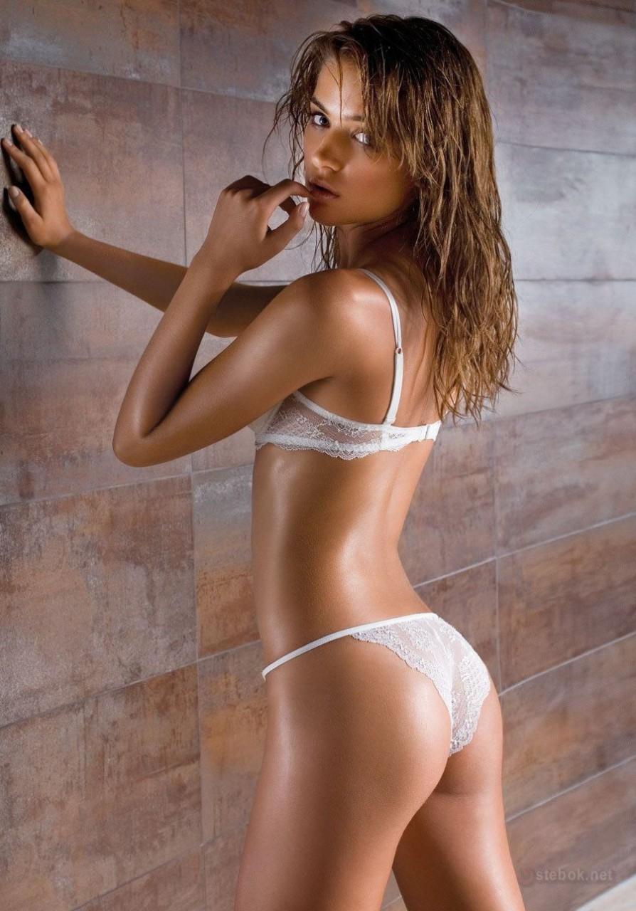 Non nude models pics