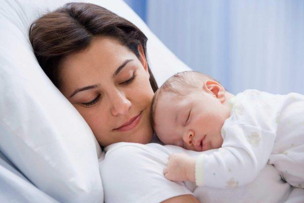 Катя в 3 года помогла маме при родах. Как вы думаете, что она изрекла после всего увиденного
