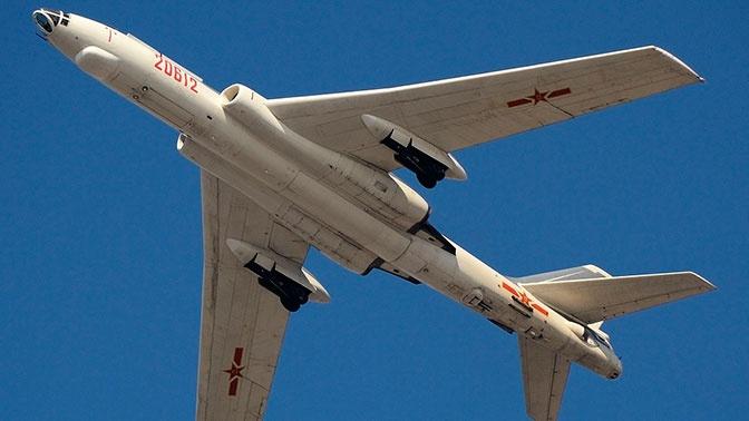 Бомбардировщик Н-6 (китайский вариант Ту-16).
