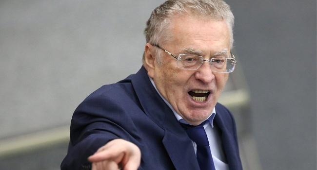 На Жириновского напали в цен…