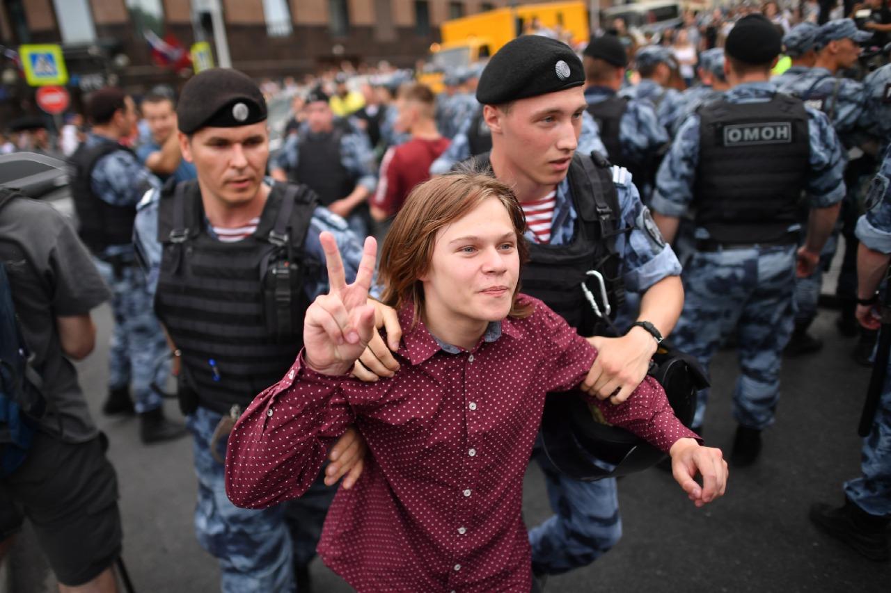 Правда, о которой молчали настоящие мужчины: Рассказ омоновцев о несанкционированных митингах в Москве