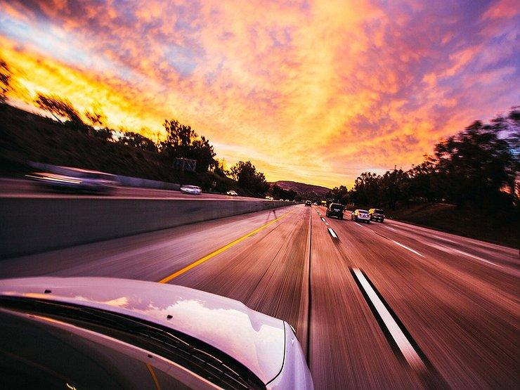 Какая скорость автомобиля считается самой экономичной авто и мото,автоновости
