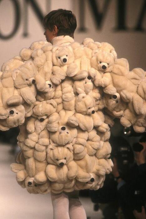 12. Ходячая плюшевая игрушка (1989 год) горе модники, дизайн, мода, смешно, трэш, фото