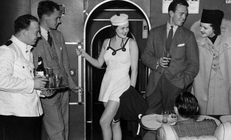 Как раньше летали первым классом: икра, любой алкоголь, курение прямо в кресле и полноценное спальное место