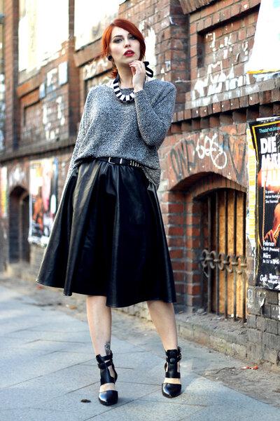 6 вещей, с которыми красиво сочетается кожаная юбка