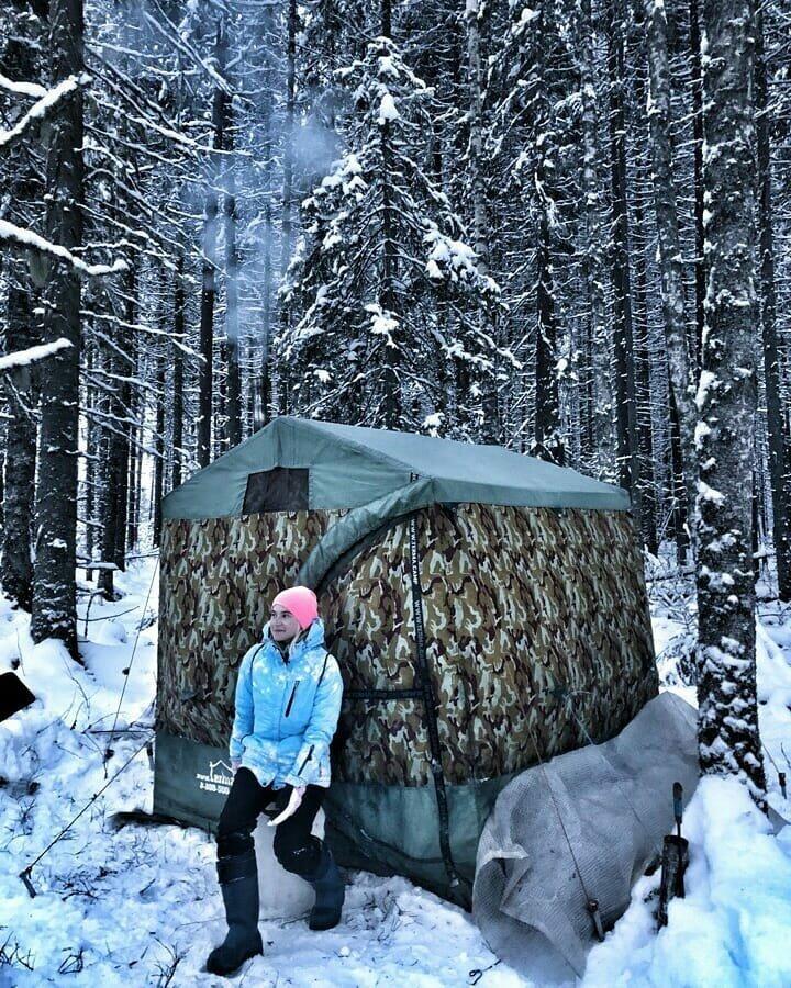 Как молодые девушки сбежали из города в Вологодский лес
