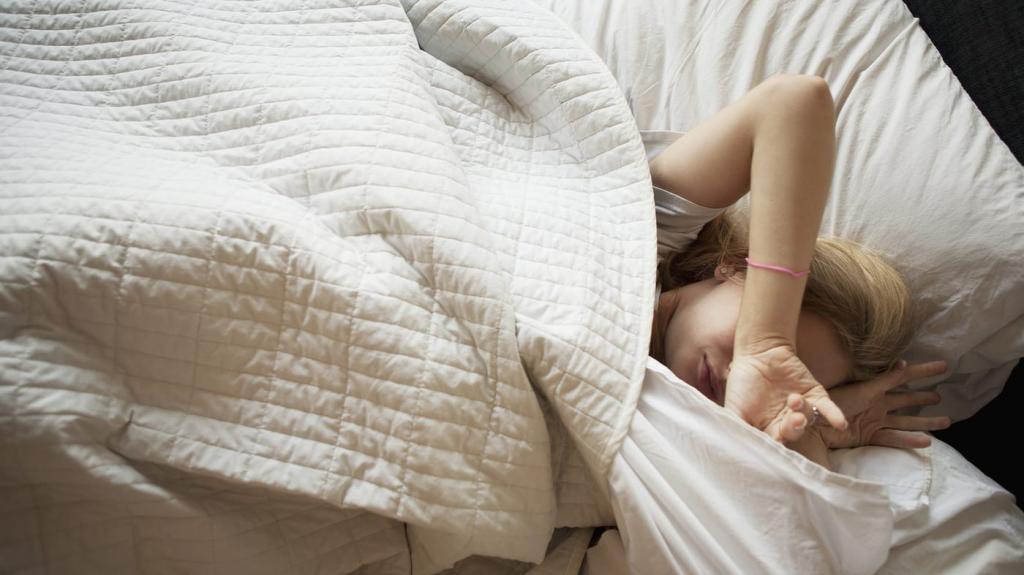 Спать в прохладной комнате очень полезно, а также это помогает уснуть быстрее: мнение ученых