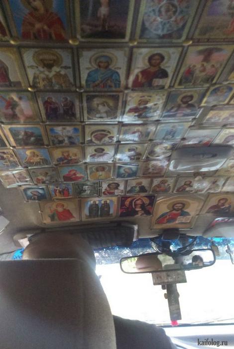 Иконостас в маршрутном такси.