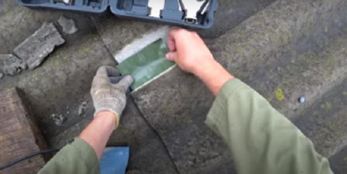 Как быстро и надолго устранить пробоины в шифере полезные советы,ремонт и строительство