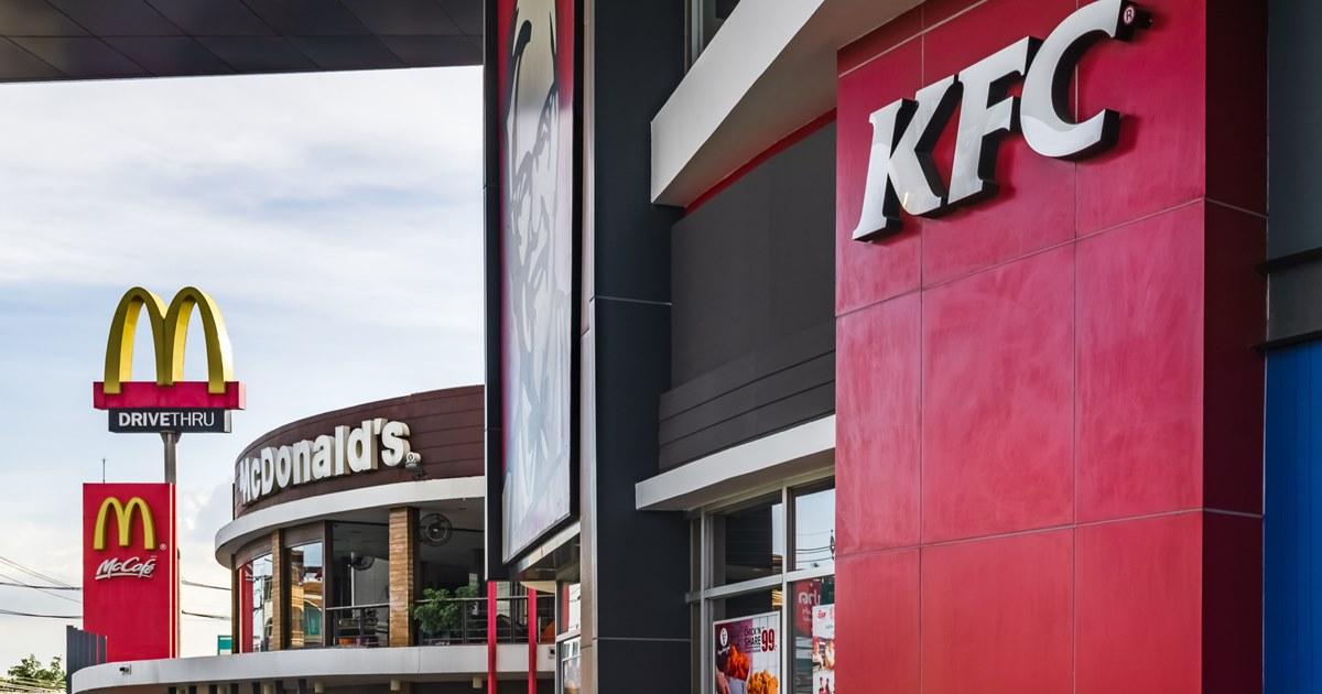 KFC и McDonald's вспомнили культовые песни в рекламных кампаниях