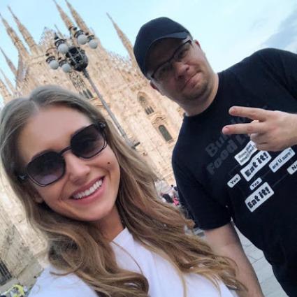 """Адвокат Кристины Асмус впервые прокомментировал ее развод с Гариком Харламовым: """"Он до последнего хотел вернуть ее"""" Звездные пары"""
