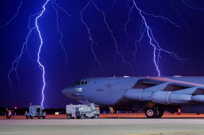 Военно-воздушным силам США угрожает внутренний враг