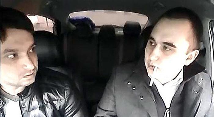"""""""Я закурю?"""" - конфликт с таксистом во Владимире"""
