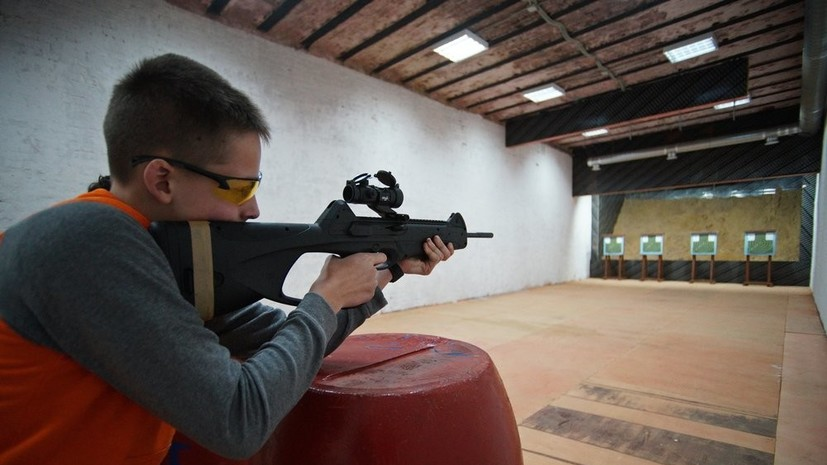 «Минимальный порог»: в Госдуме сообщили детали законопроекта о запрете на приобретение оружия до 21 года.