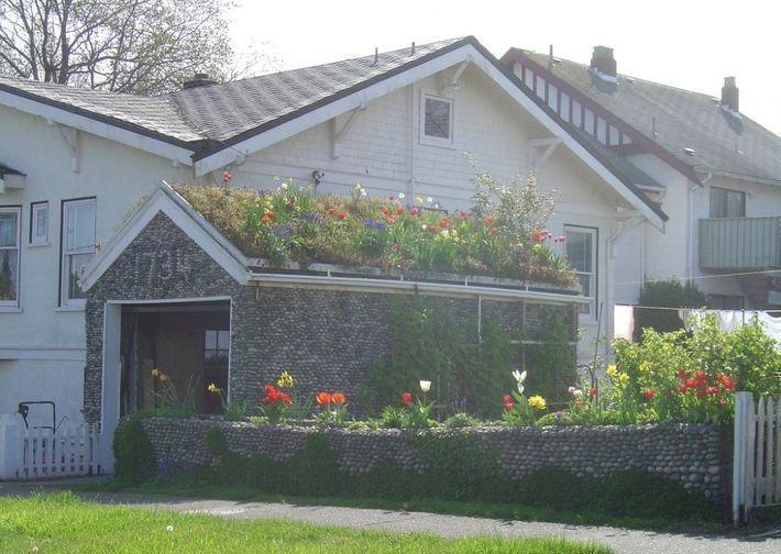 11 удивительных строений с садом на крыше