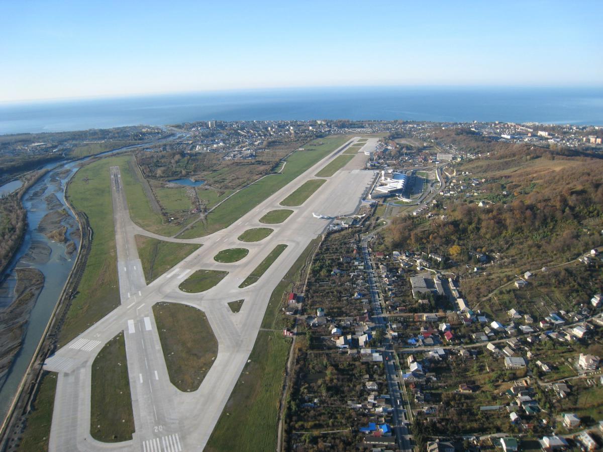 Победа после аварии с самолетом ЮТэйр вновь попросила изменить правила посадки в Сочи