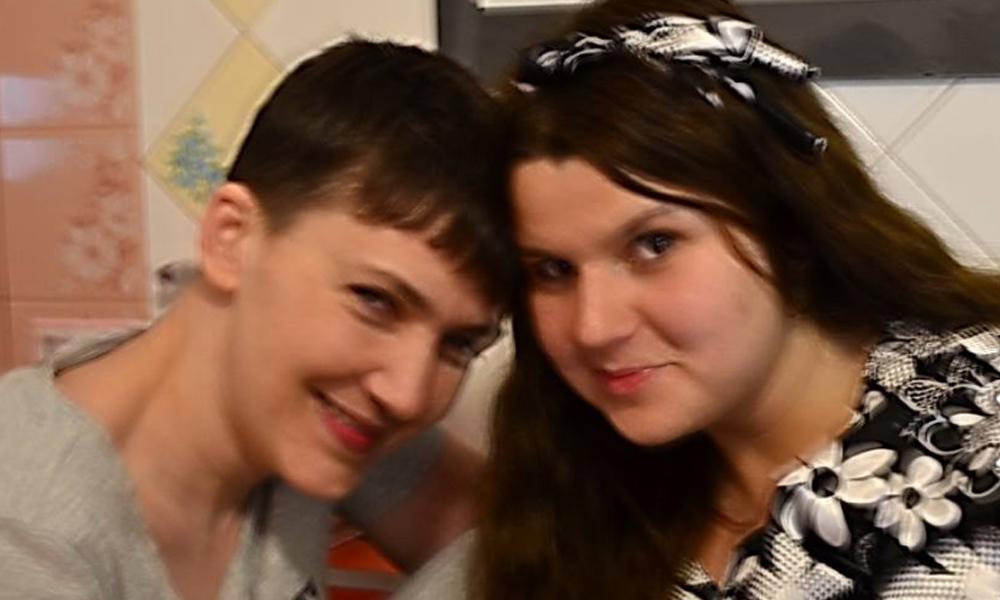 devushki-posle-foto-podruzhka-lesbi-trusah-foto