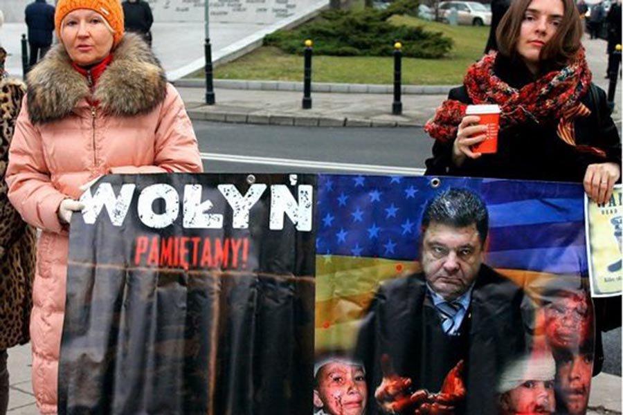 У Порошенко признали: Рост антиукраинских настроений в Польше уже не сдержать