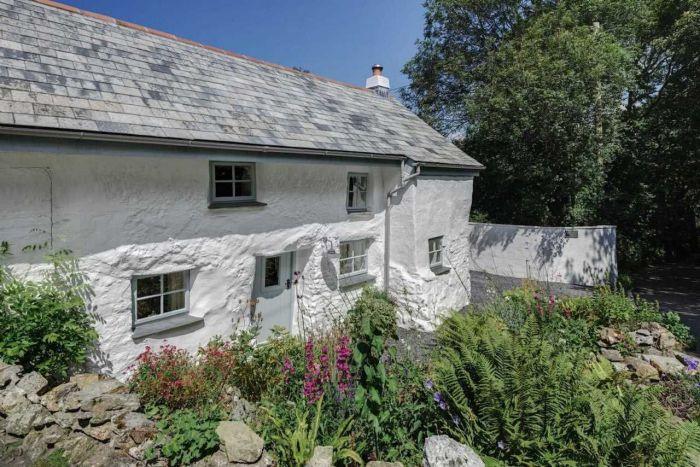 300-летний дом: неказистый снаружи, но потрясающий внутри