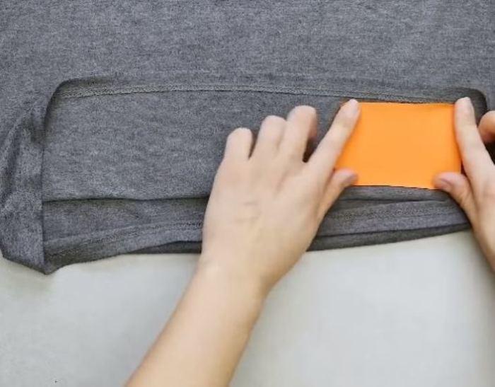 Делаем секретную салфетку. /Фото: youtube.com.