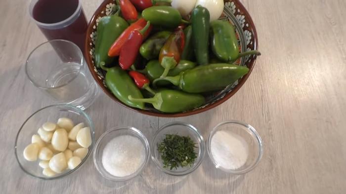 Маринованный острый перец Кулинария, Рецепт, Заготовки, Другая кухня, Маринование, Перец, Видео, Длиннопост
