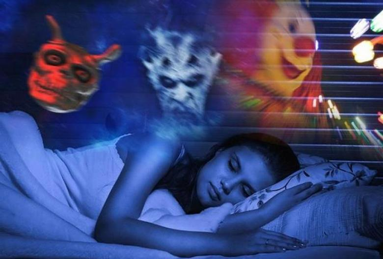 Думаю, что бывает всякое и два одинаковых сна можно списать на случайность.