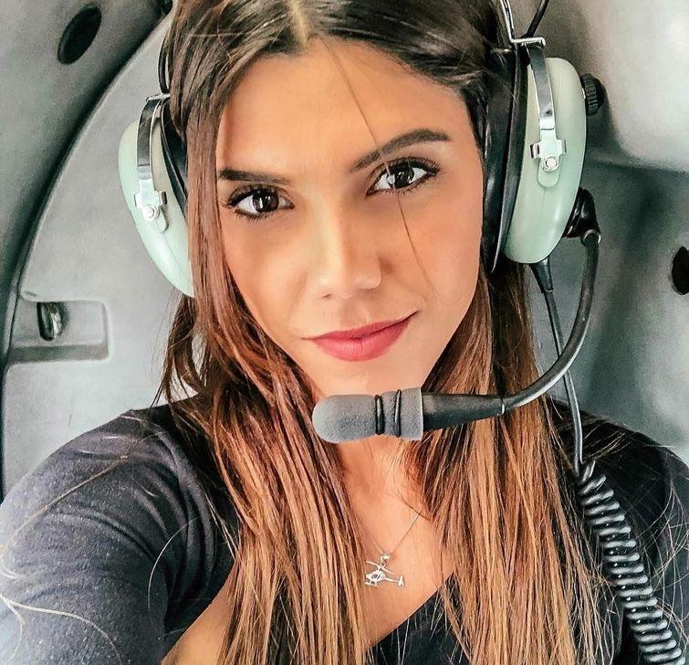 11 привлекательных девушек-пилотов, покоривших своей красотой Инстаграм