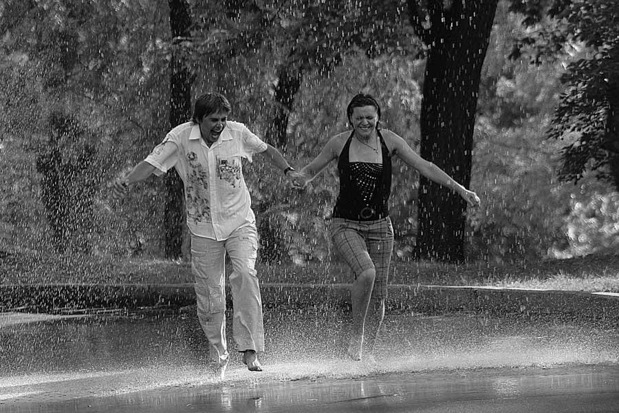 Картинки гулять под дождем