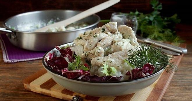 Бефстроганов из курицы - вкусное и сытное блюдо для всей семьи!