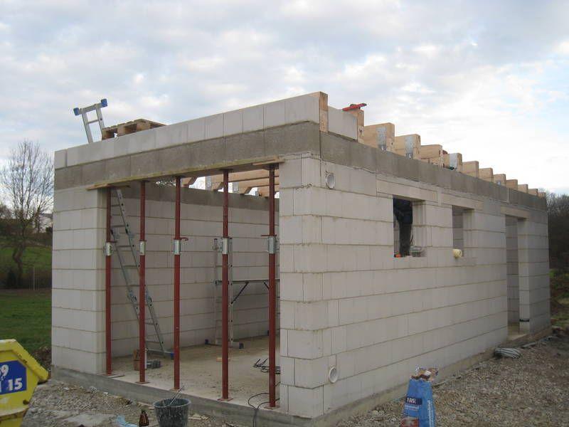 строительство гаража из газобетона цены