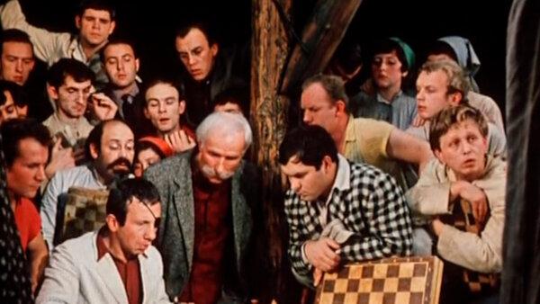 Усидели на двух стульях: актёры, снявшиеся в «Двенадцати стульях» Гайдая и Захарова