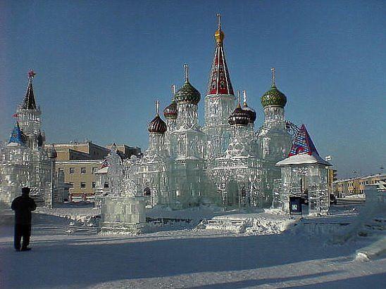 Ледяной дворец. Сколько труда, но какой результат!