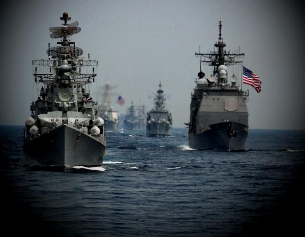 Чем ответит Россия, если большой флот ВМС США войдет в Черное море и направится к Крымскому мосту