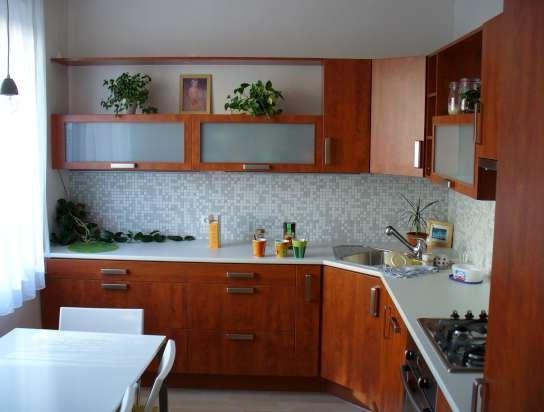 Маленькая кухня — варианты р…