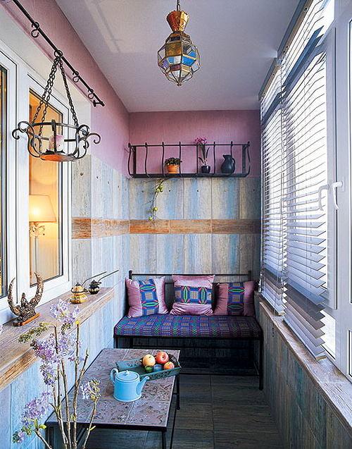 Балкон, веранда, патио в цветах: голубой, фиолетовый, серый, светло-серый, белый. Балкон, веранда, патио в стиле ближневосточные стили.