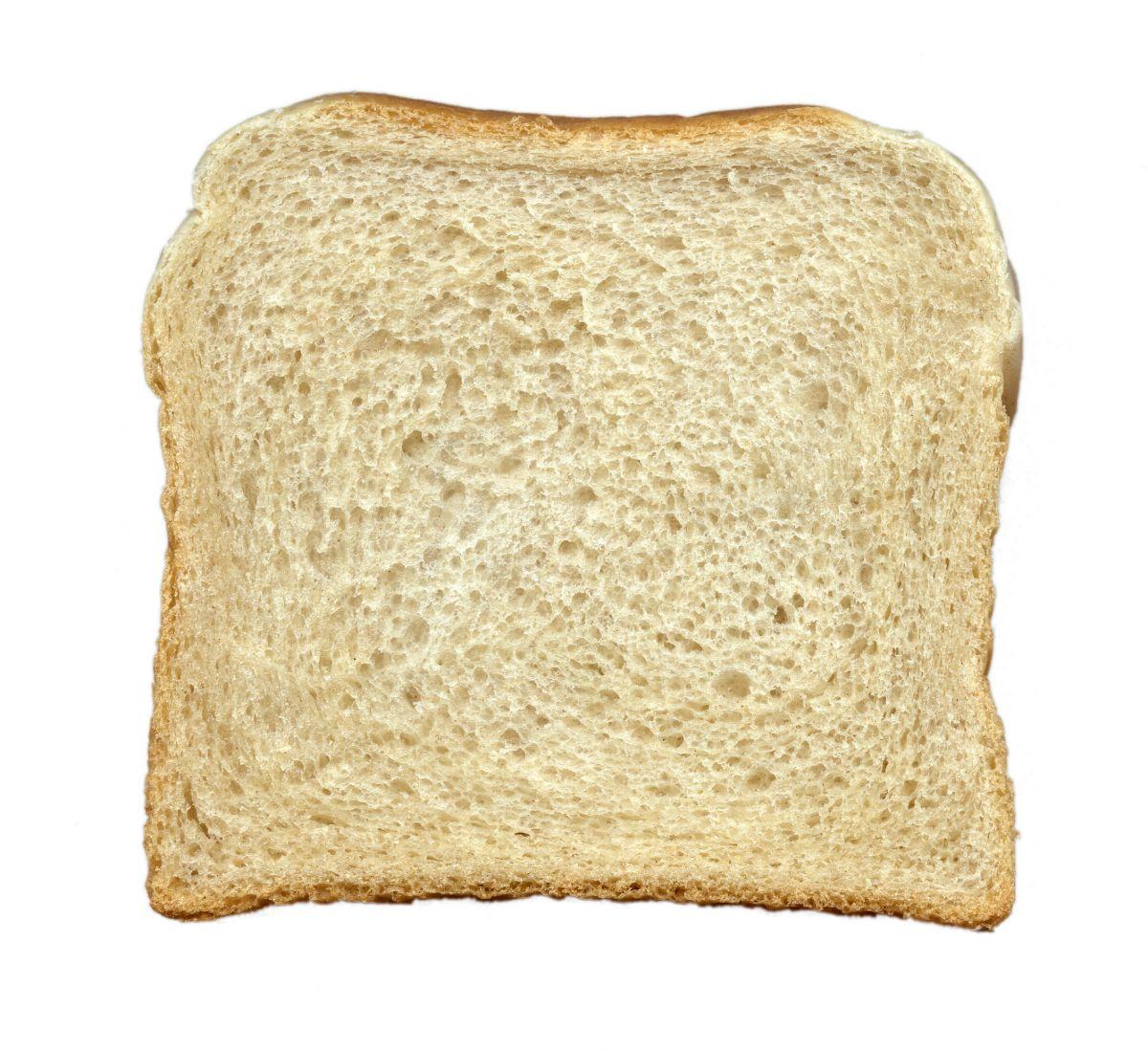 Мэрия заказала банкеты с бутербродами с маслом и компотом