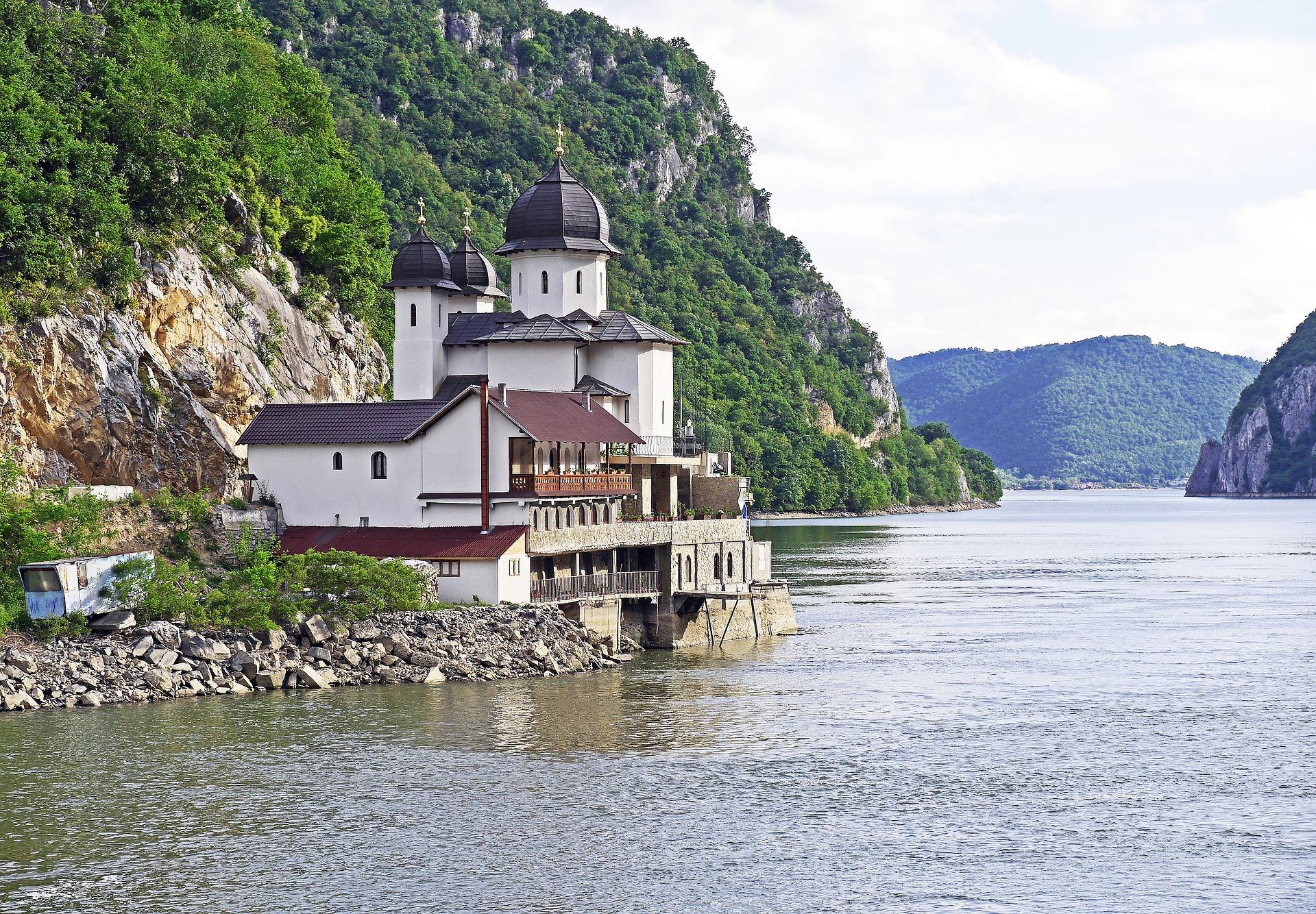 Сербия: путешествия на любой вкус и кошелек