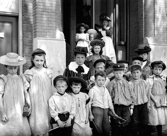 Голландские школьники ХХ век, винтаж, восстановленные фотографии, европа, кусочки истории, путешествия, старые снимки, фото