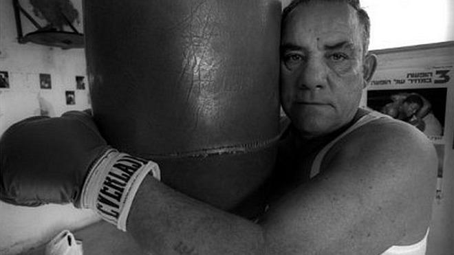 Самый знаменитый еврейский боксер Холокоста избивал немецких офицеров в Освенциме