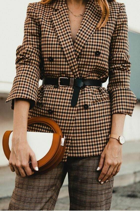 В каких нарядах и образах женщина выглядит стильно и дорого можно, стильно, выглядеть, выглядят, образ, чтобы, разного, дорого, стиля, одежду, будет, очень, могут, придать, пуговицы, простой, платье, одежды, пастельных, монохромный