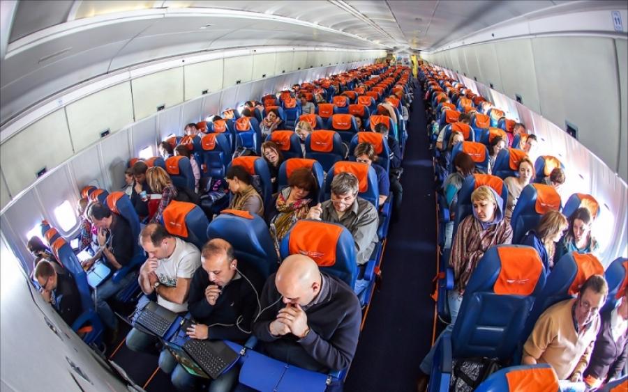 """""""Это МЫ вас приветствуем на борту НАШЕГО самолета!"""" Забавная история из жизни"""