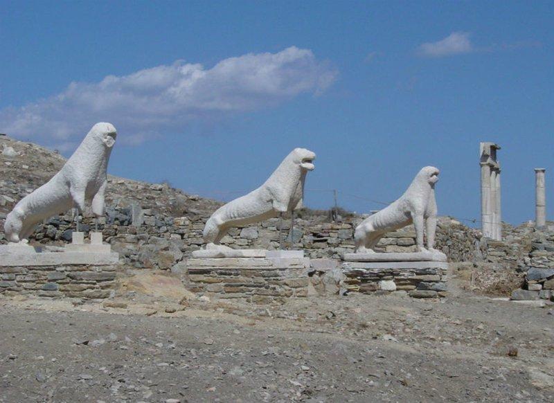 Греческий остров Делос, на котором тоже с глубокой древности запрещено умирать и рождаться ynews, закон, запрет, нарушение, непорядок, остров, ребенок, роды