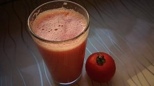 100% томатный сок за 7 р,пьём сразу!