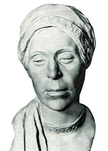 Скульптурная реконструкция по черепу женщины из городища Старая Рязань.
