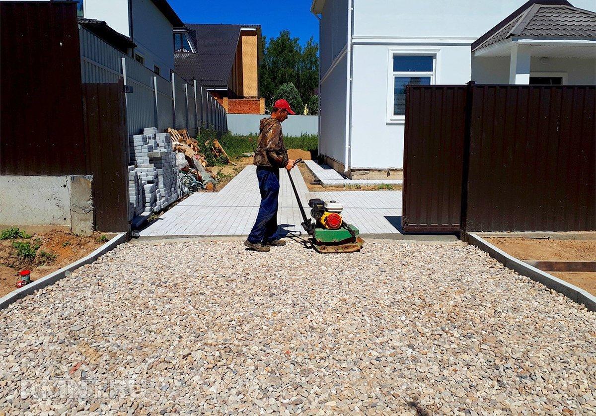 Парковка из щебня: преимущества и особенности строительства дача,загородный дом,ремонт и строительство