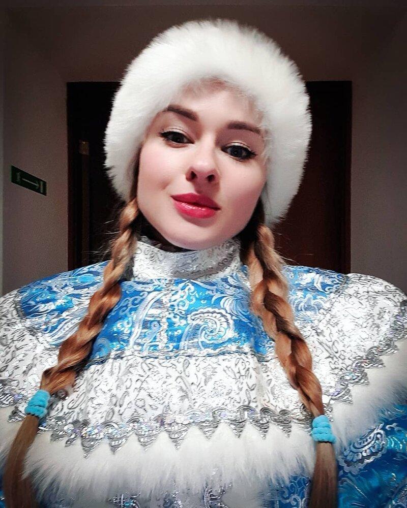 13. Вот бы мне тоже напарницу девушки, дед мороз, красиво, новый год, снегурка, снегурочки